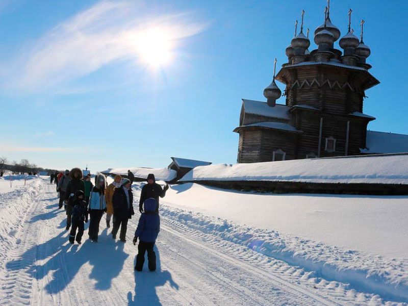 музей Кижи зимой фото