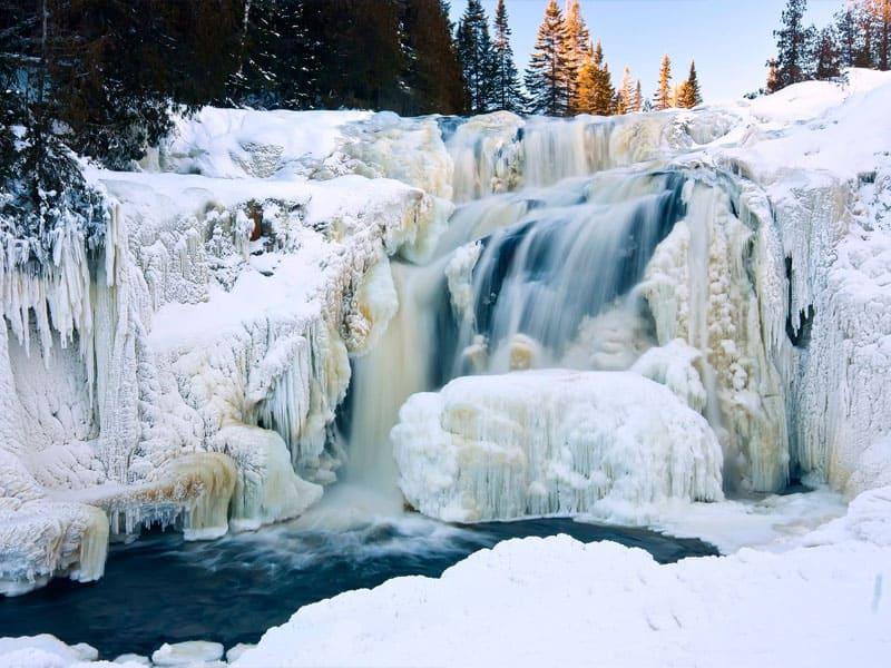 экскурсия с обедом на водопад Кивач